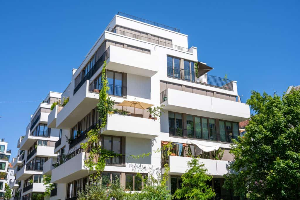 5 Differences Between Commercial and Residential Development
